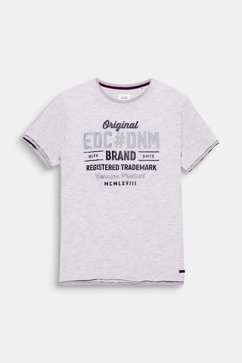 EDC, your denim brand. The large logo print makes this T-shirt a statement piece.