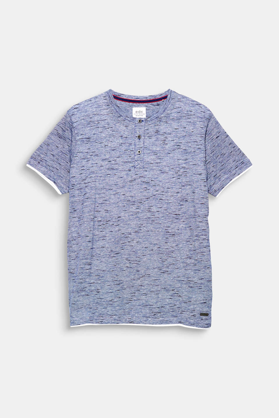 A casual fashion piece: T-shirt with a Henley neckline, made of slub jersey