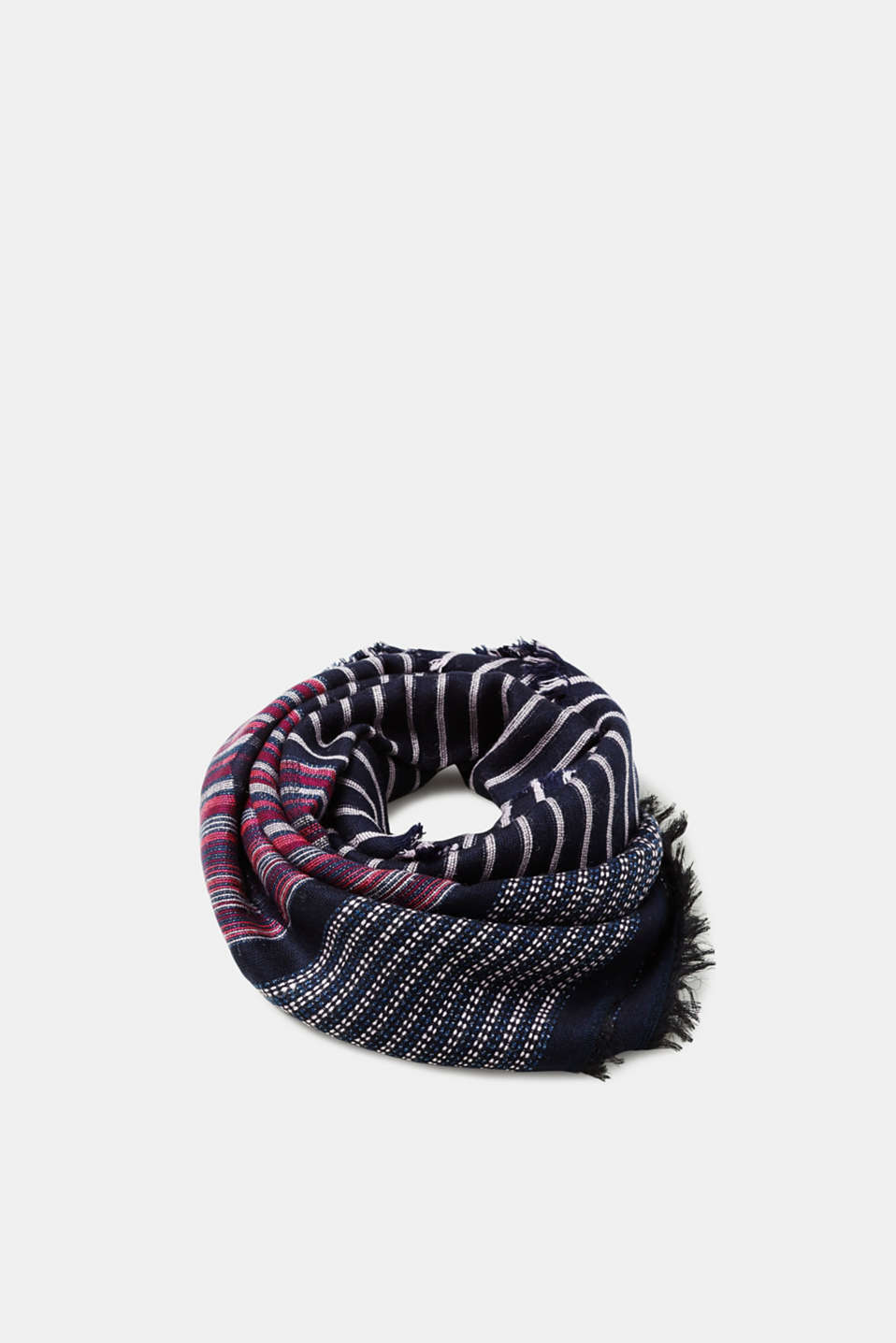 Esprit - Jacquard scarf with a glitter accent