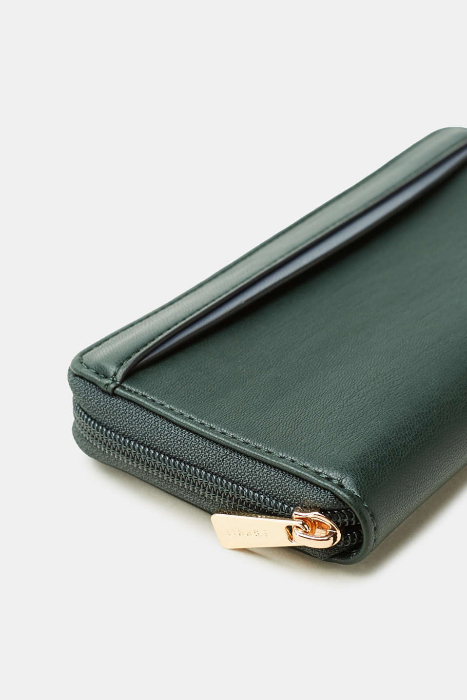 Wallet in smooth faux leather