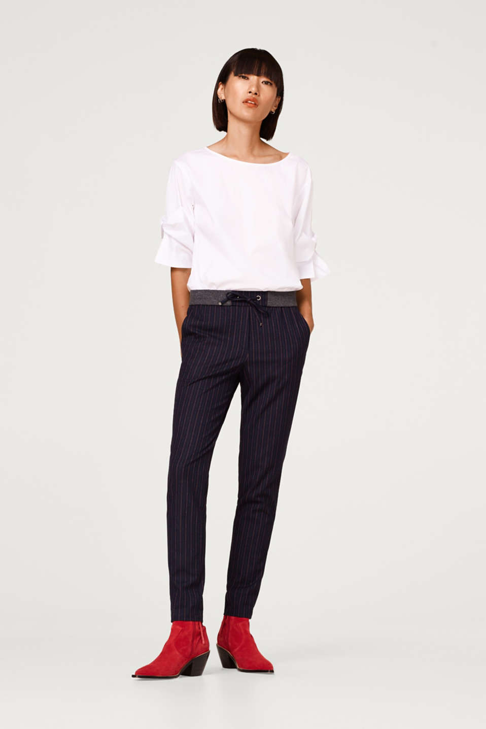 Esprit - Woven trousers with stripes and stretch