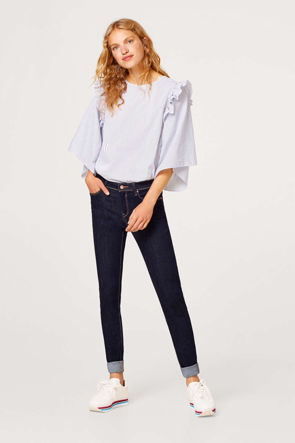Esprit - Capri-jeans i stilrent, dark denim m. stretch
