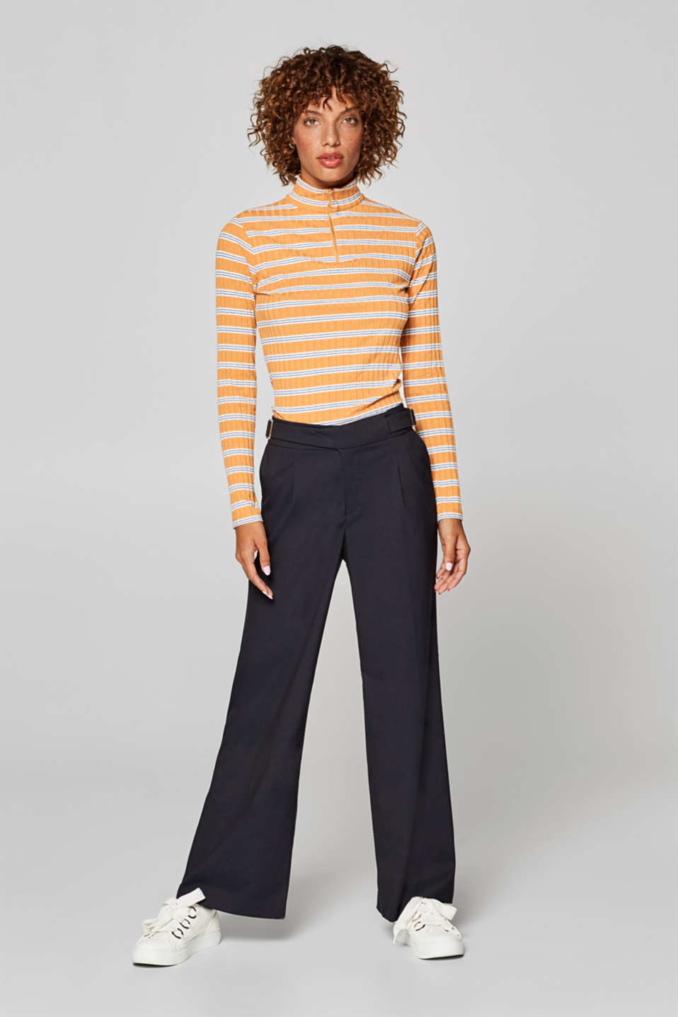 Esprit - Wide, stretchy trousers with straps at the waistband