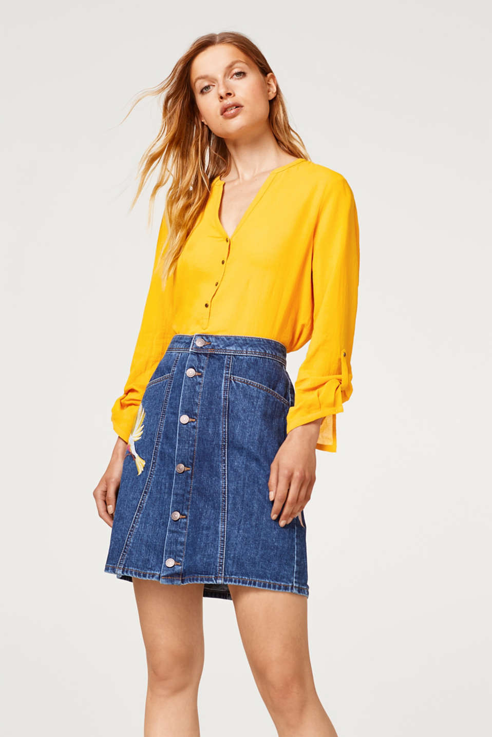 Esprit - Embroidered denim skirt with a button placket