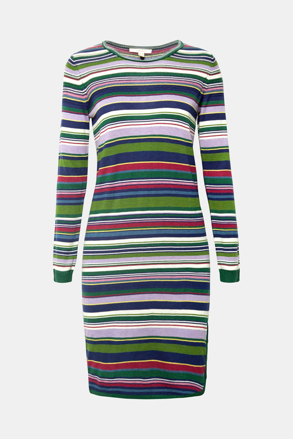 Here comes your feel-good look: close-fitting knitted dress with uneven, colourful stripes and buttons on the sides of the hem!