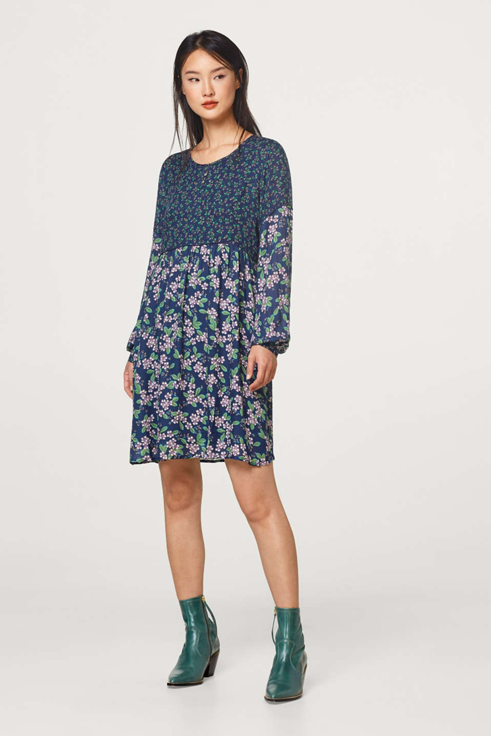 Esprit - Tent dress with a mix of floral prints