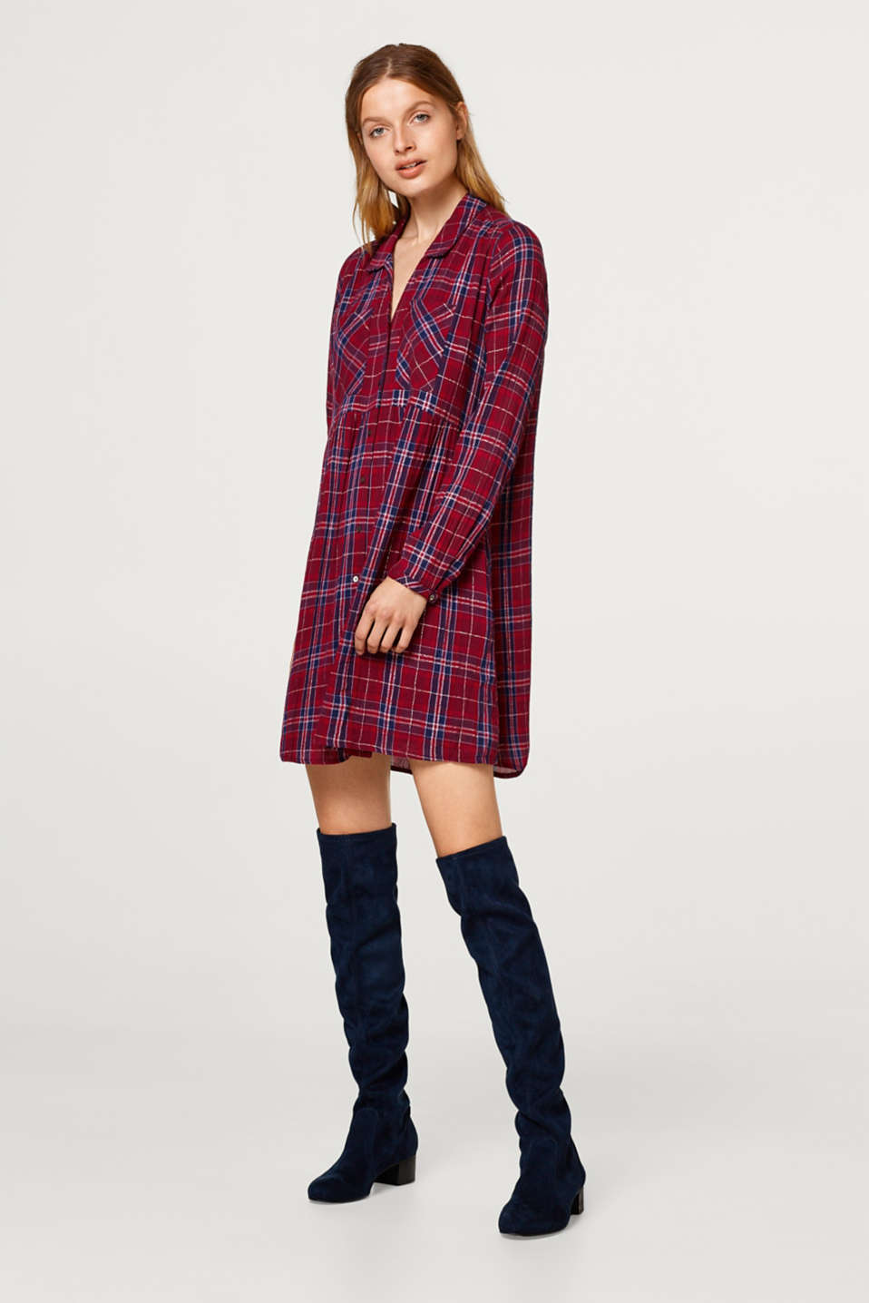 Checked shirt dress with a crinkle finish