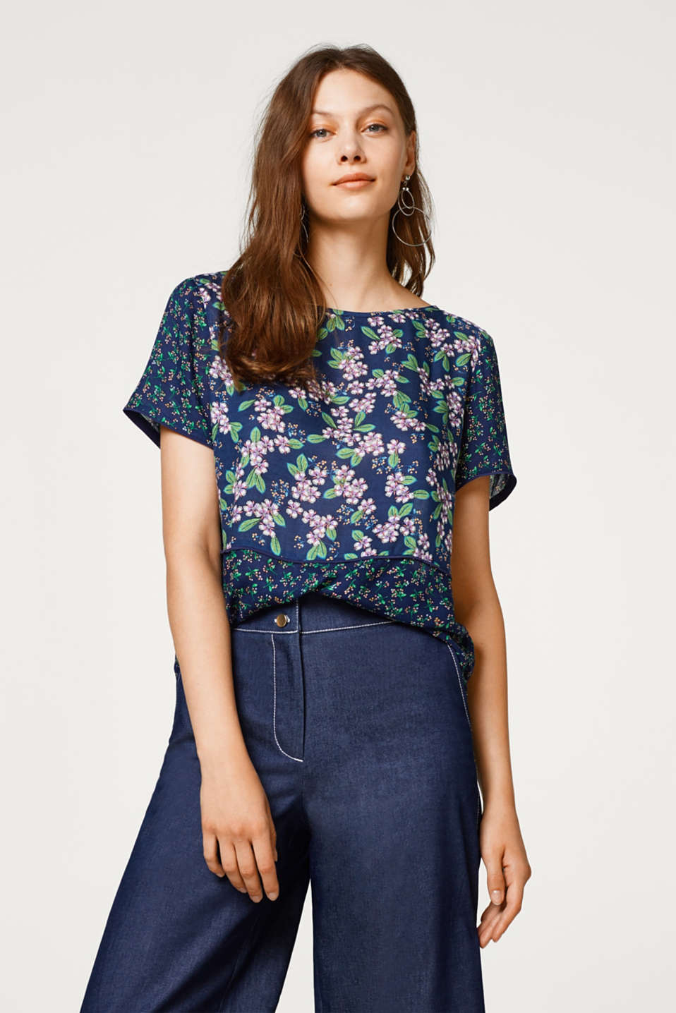 Esprit - Boxy blouse with cherry blossom print