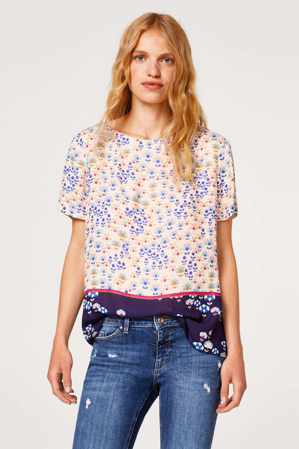Esprit - Blouse top in a mix of floral prints