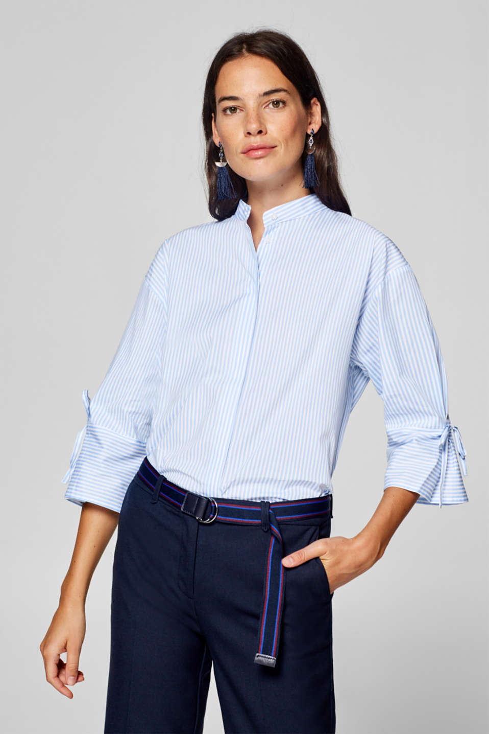 Esprit - Stretch blouse with bow details