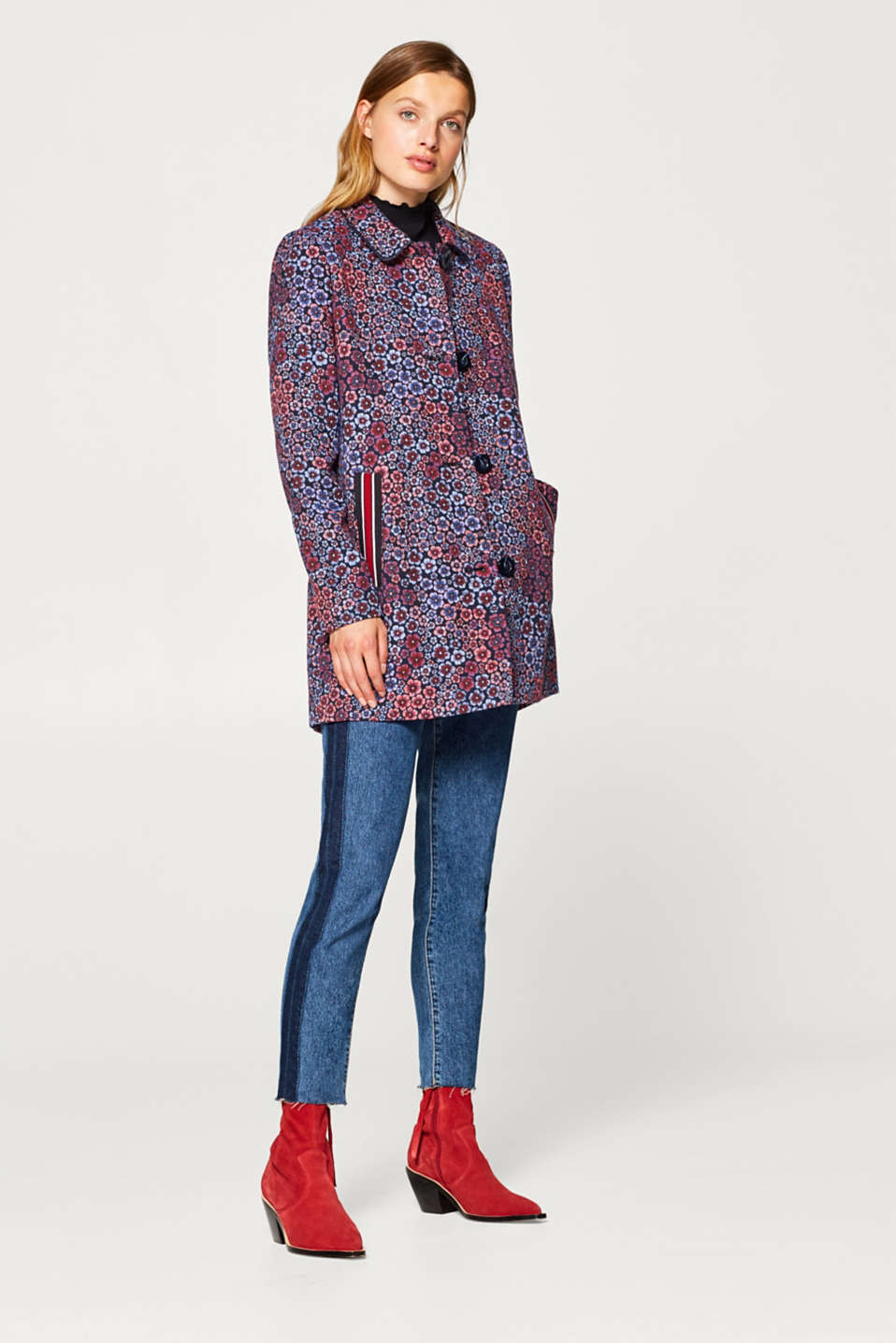 Jacquard coat with sporty pockets