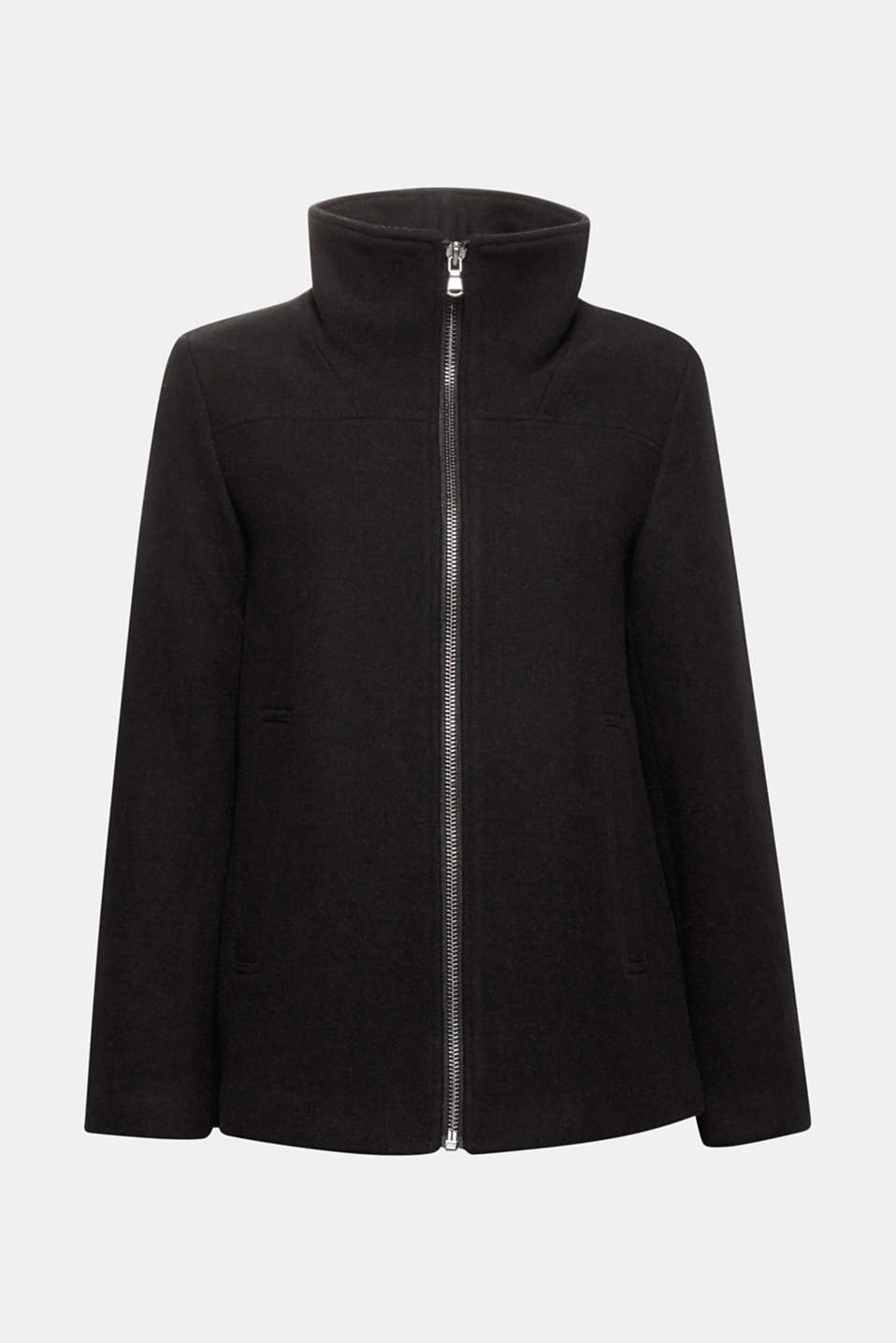 This jacket in blended wool with a subtle A-line cut, high collar and practical zip is timelessly modern!