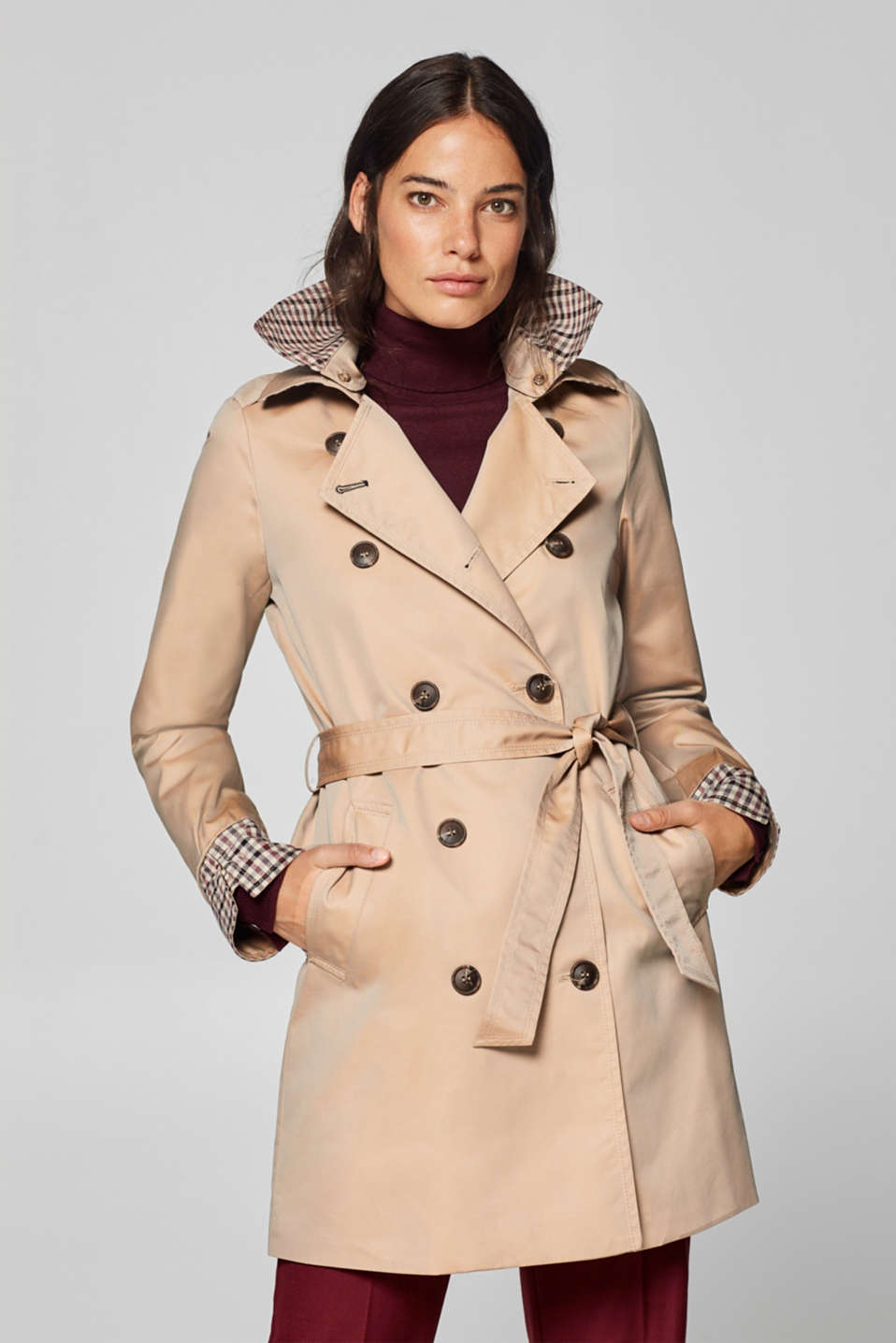 Esprit - Iridescent trench coat with an adjustable collar