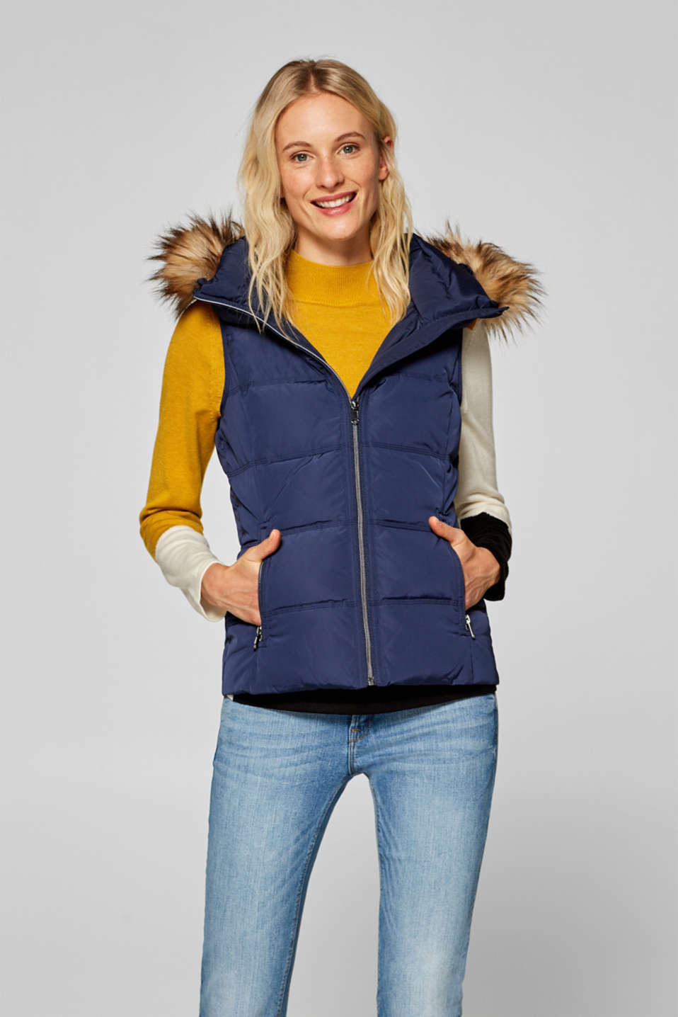 Esprit - Quilted body warmer with down/feather filling