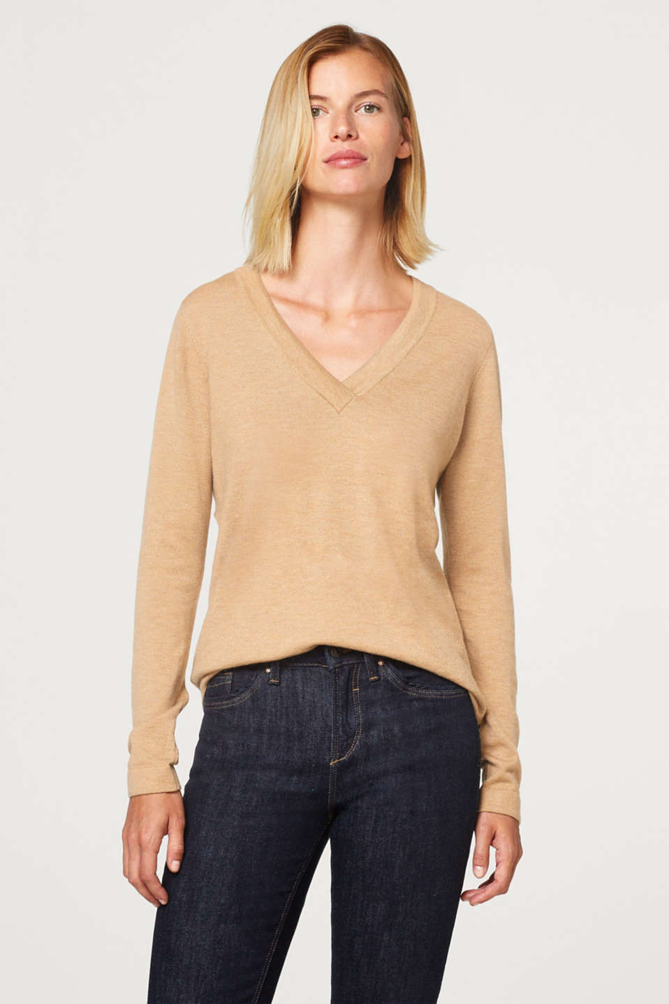 Esprit - Jumper with contrasting colour details on the sleeves