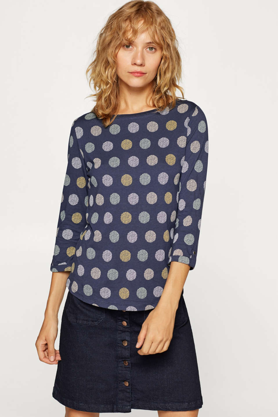 Esprit - Long sleeve top in blended cotton with an all-over print