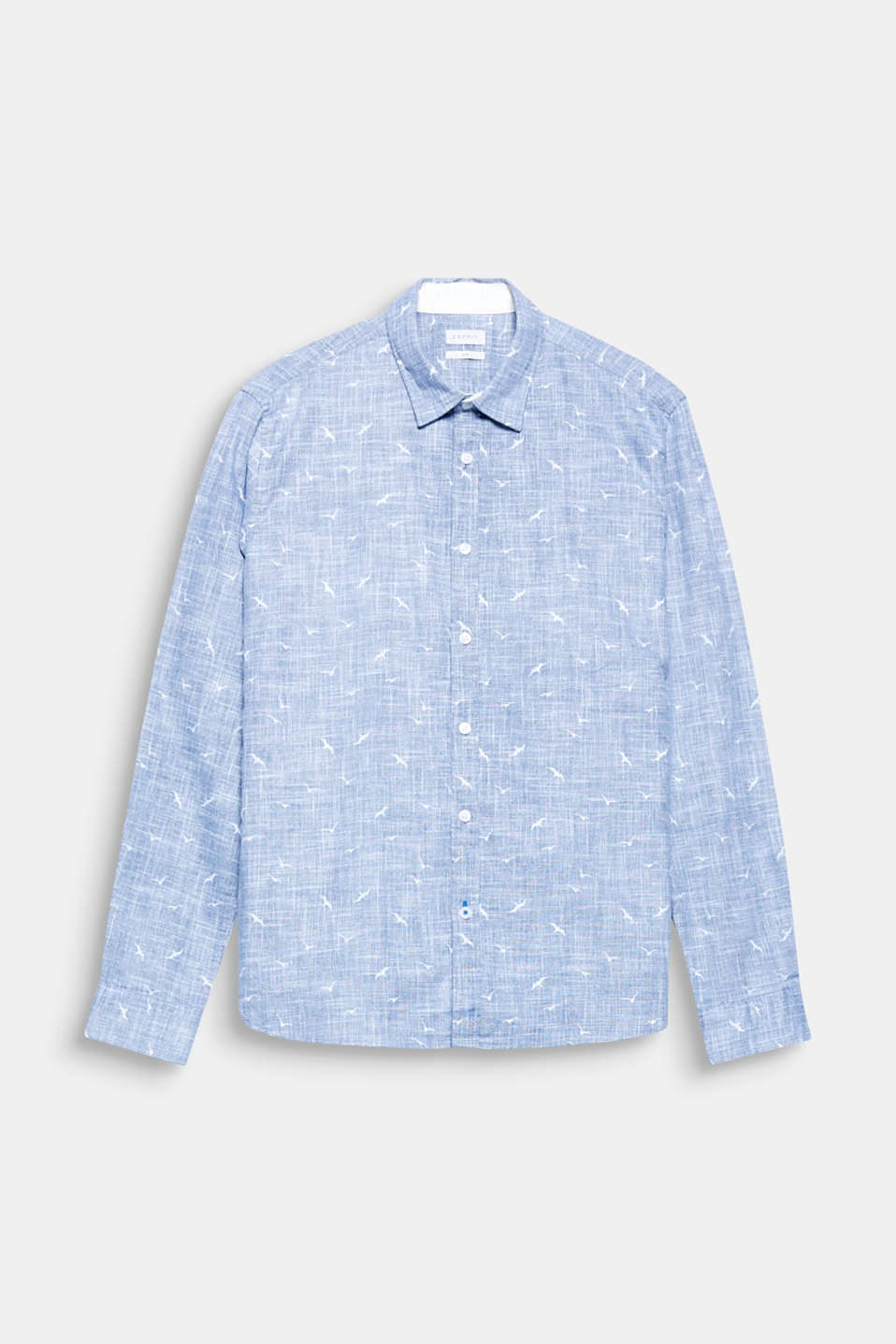 The distinctive slub texture and the all-over bird print give this shirt its unique look.