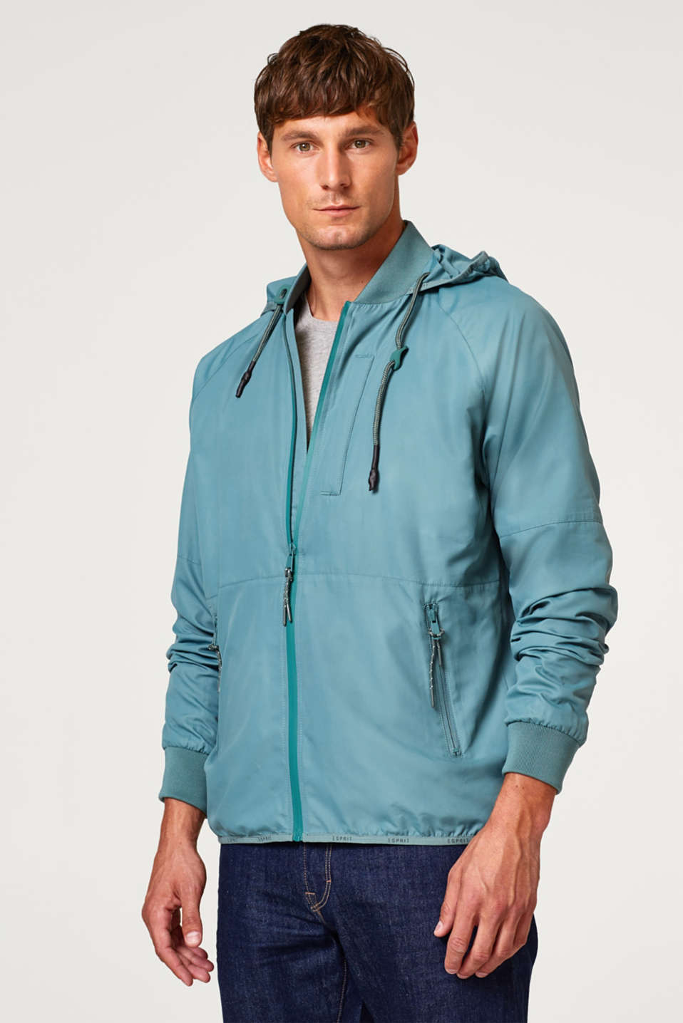 Esprit - Jacket with a hood and a technical touch