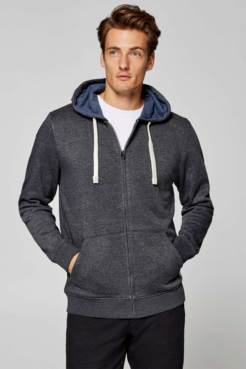 Esprit - Hooded cardigan containing organic cotton