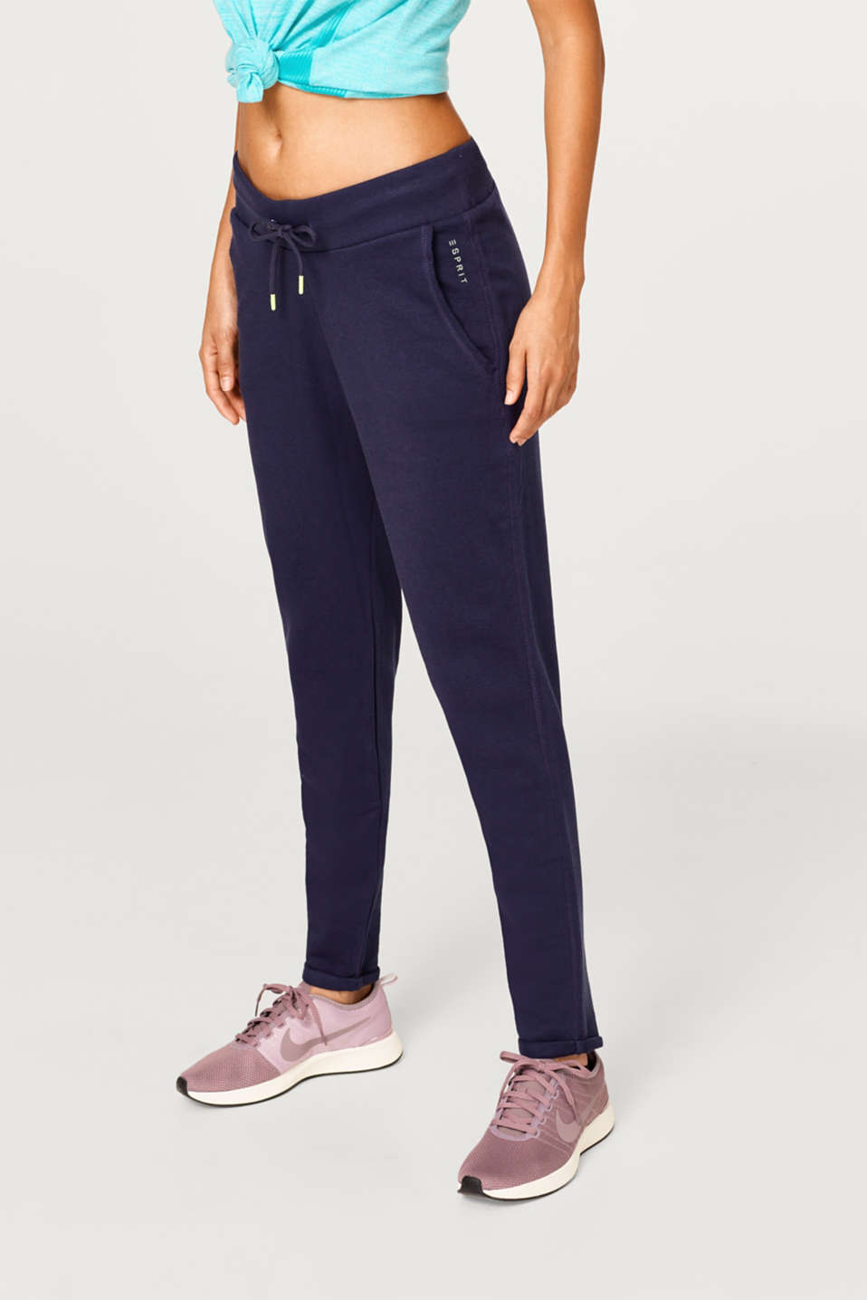 Esprit - Lightweight tracksuit bottoms with turn-up hems