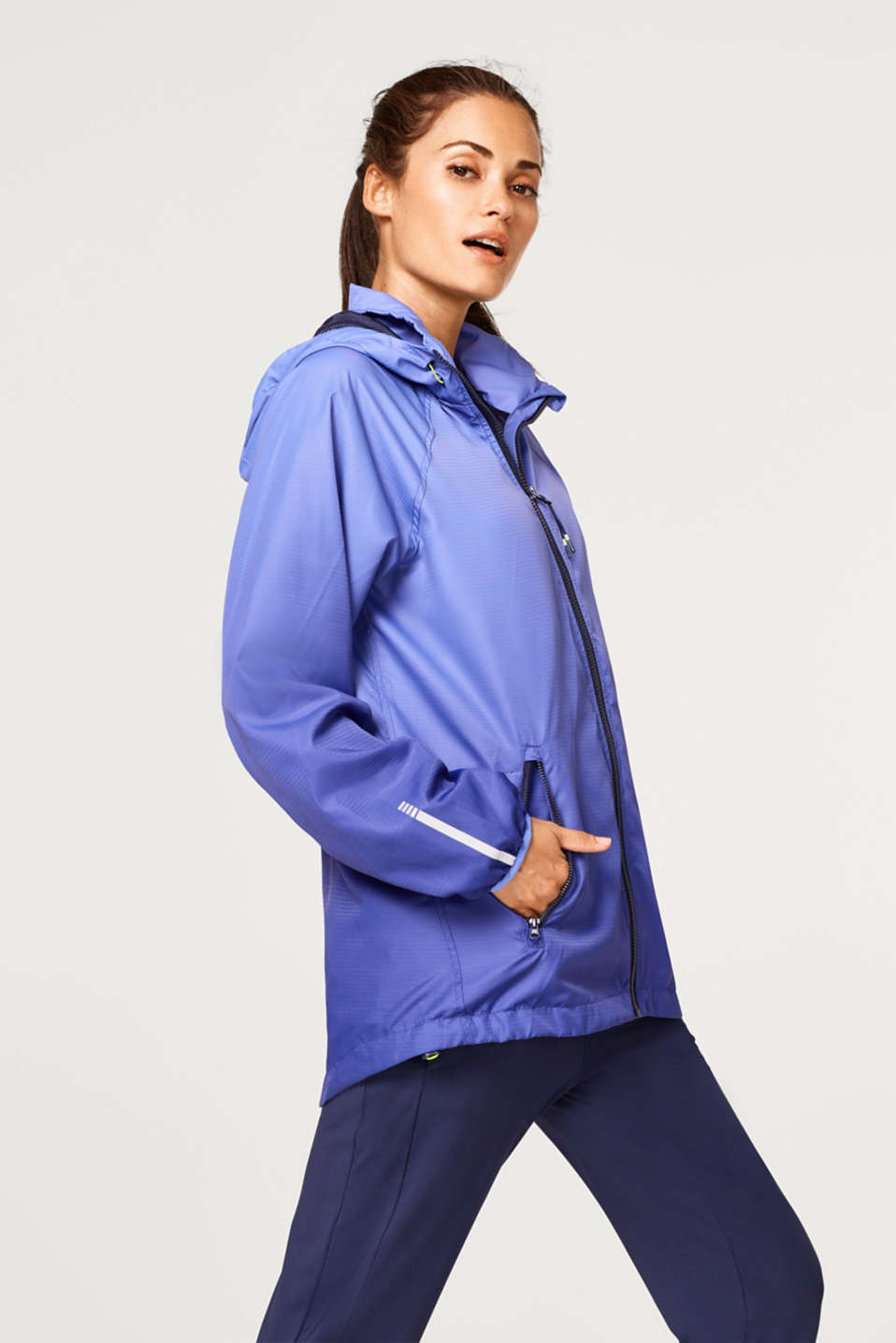 Esprit - Lightweight active jacket with mesh lining