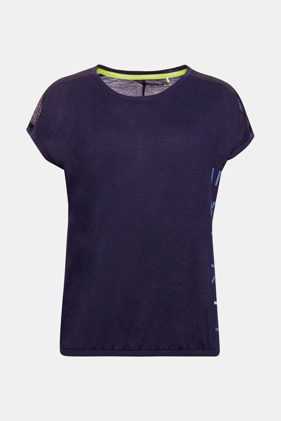 This soft sports top with a logo print at the side, mesh inserts on the shoulders and narrow, elasticated hem is casual, lightweight and airy!