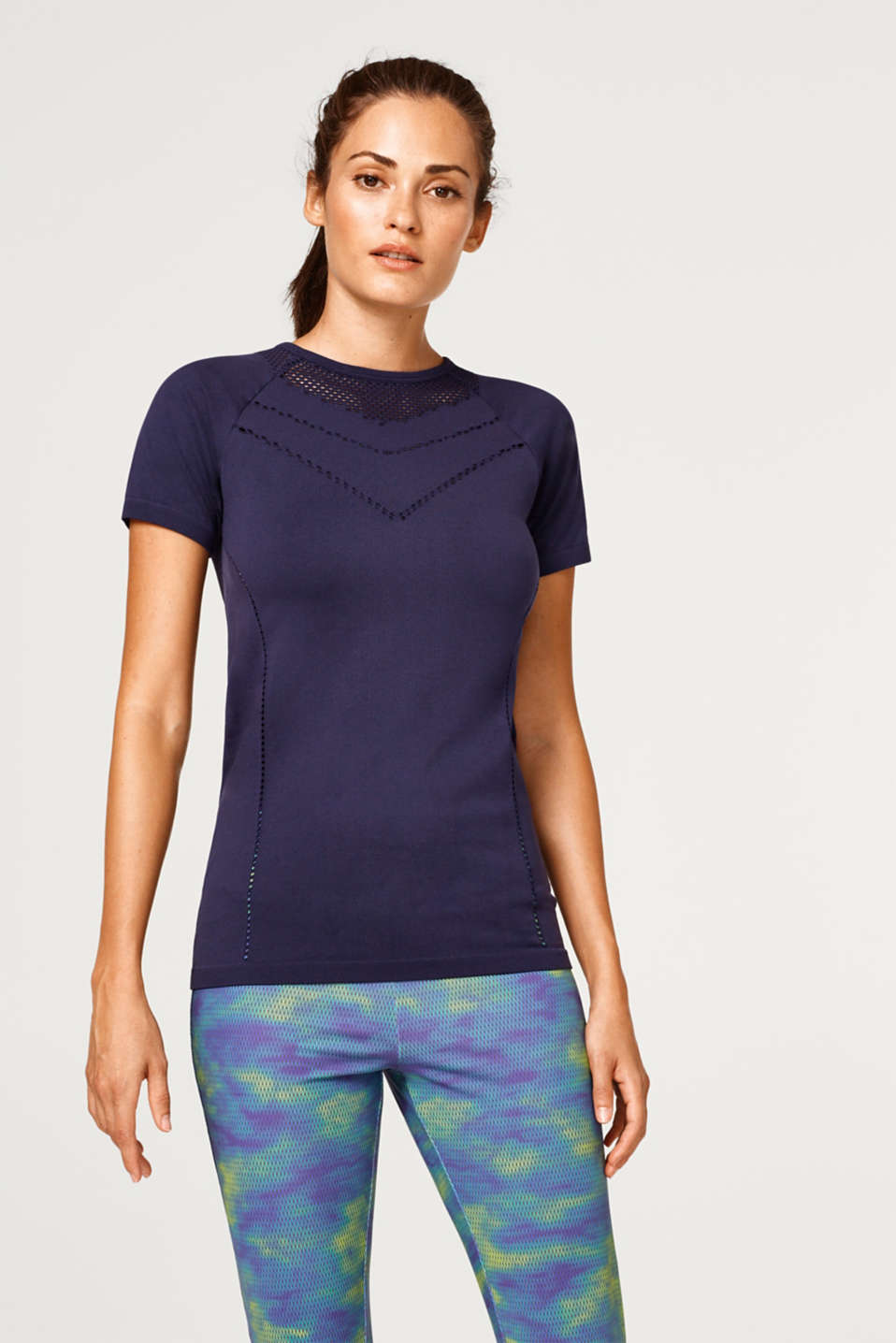Esprit - Seamless active top with an open-work pattern, E-DRY