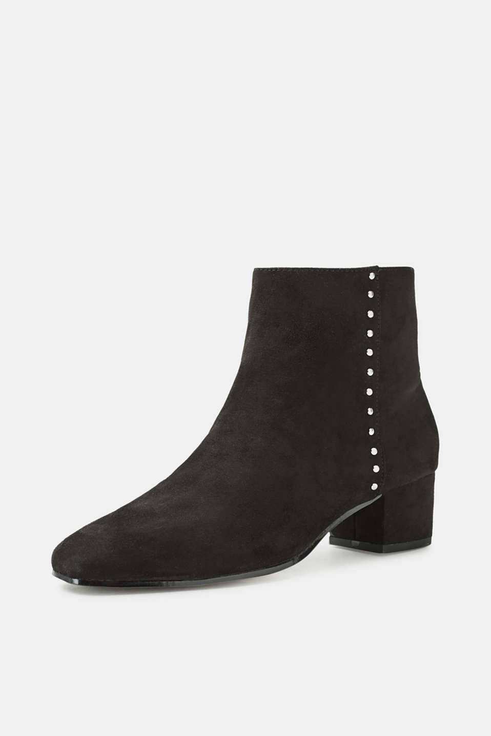 Ankle boots with a block heel, in faux suede