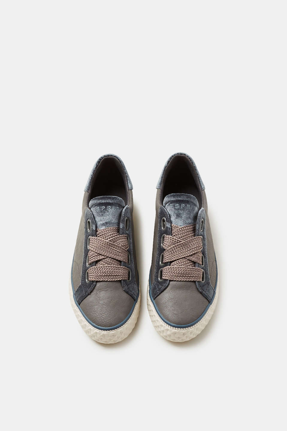 Trainers in imitation leather with a velvet trim