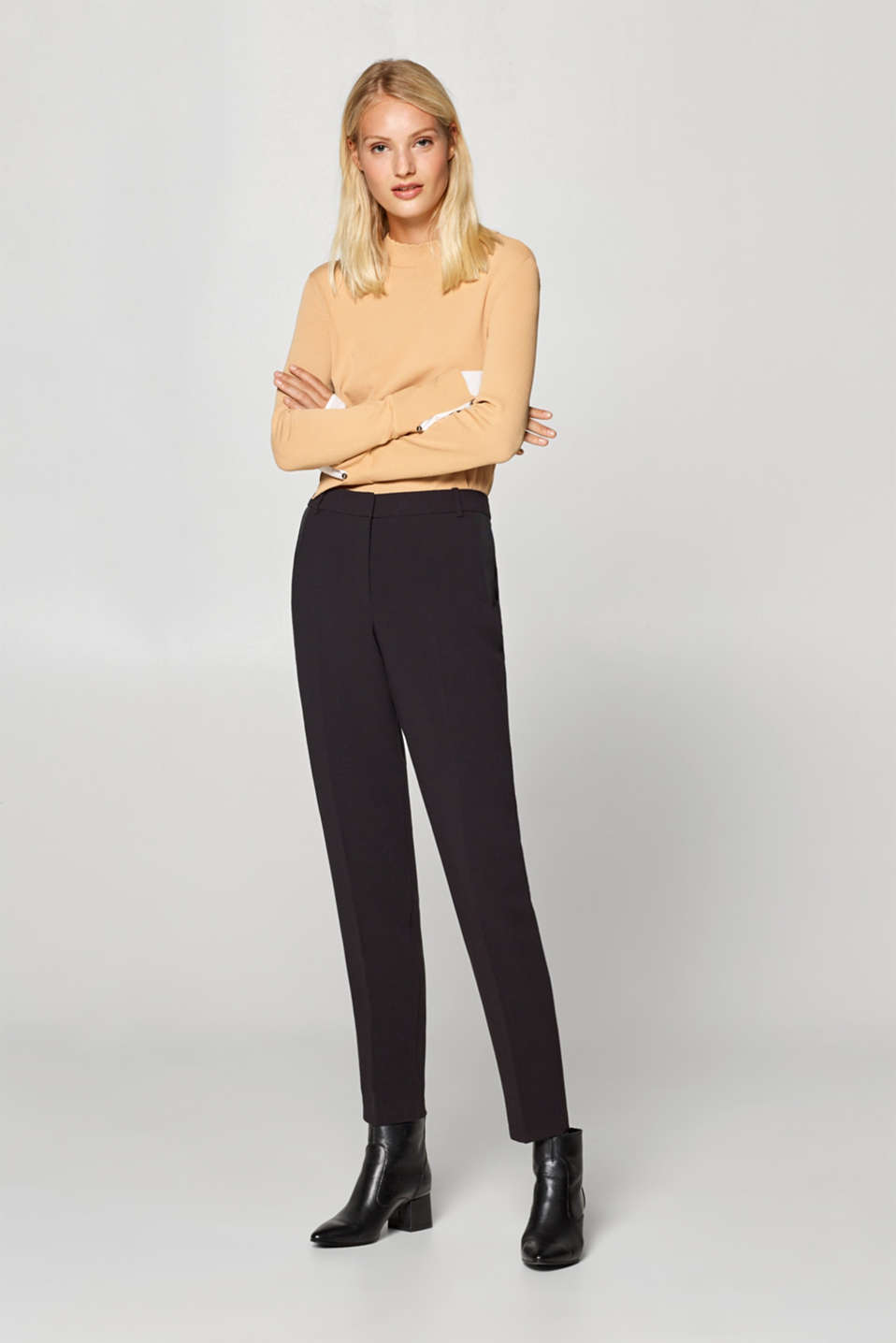Esprit - Two-way stretch trousers with pressed pleats
