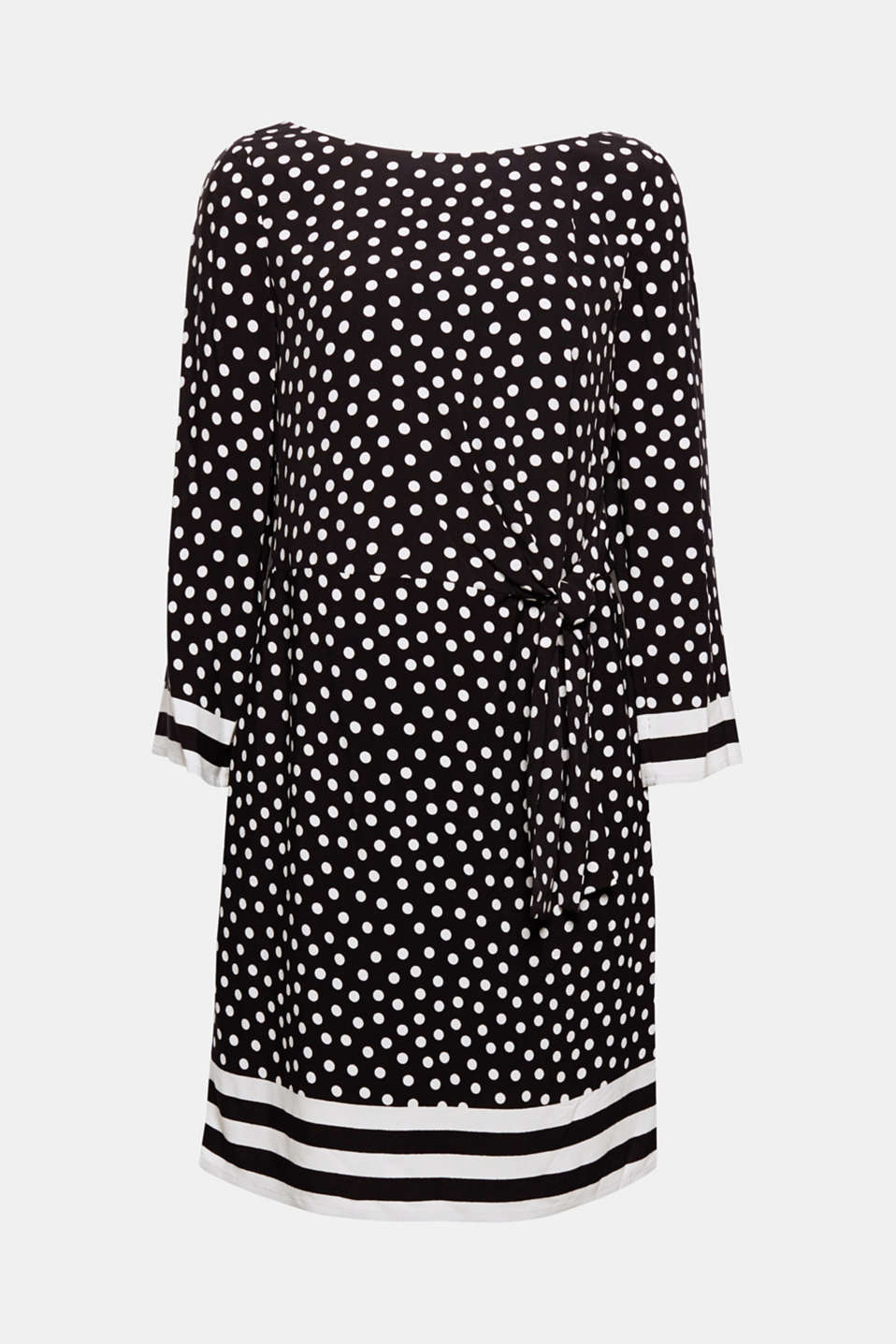 This dress with a polka dot print and striped accents looks particularly flattering and feminine thanks to the side bow details!