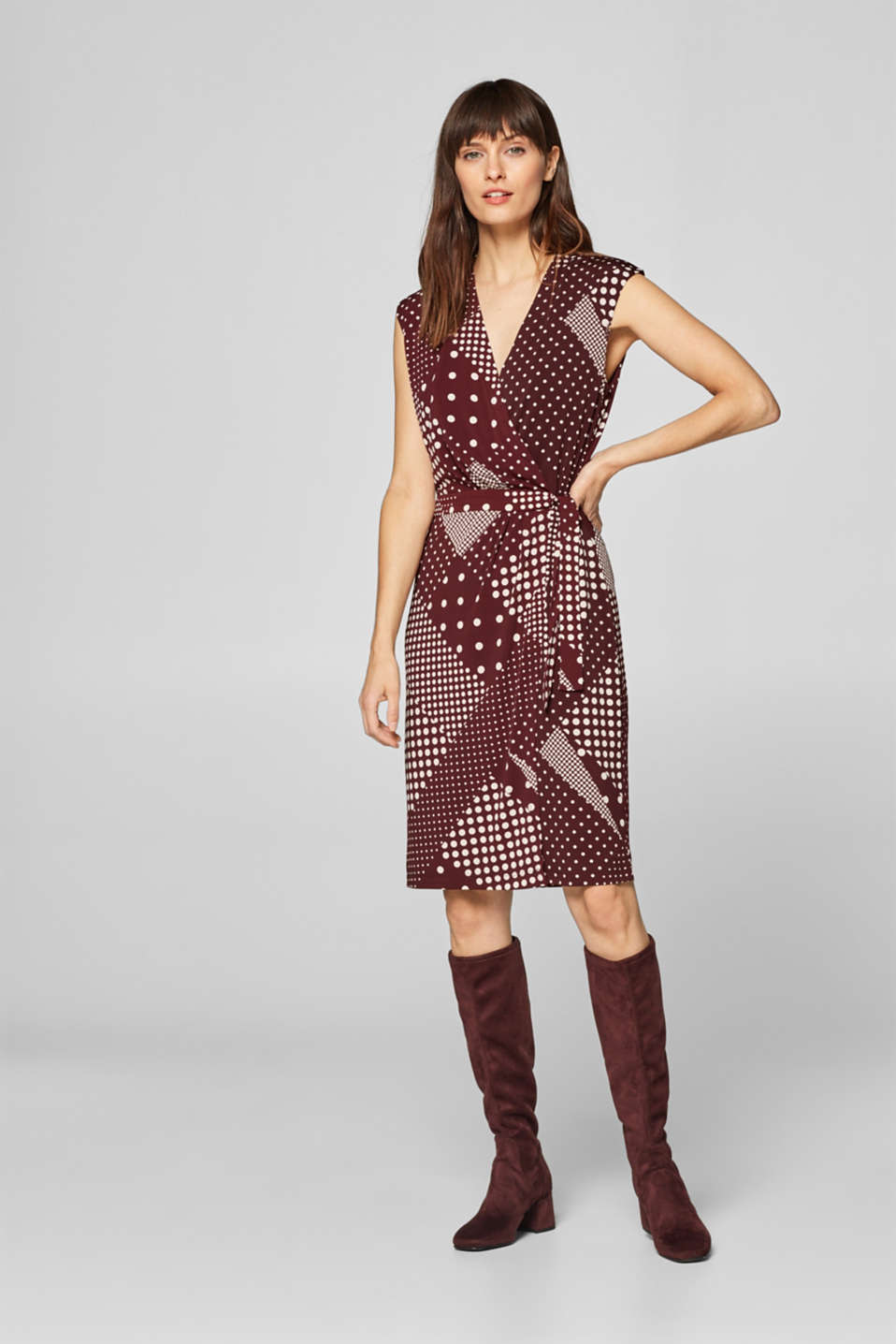 Esprit - Jersey wrap dress with a polka dot pattern