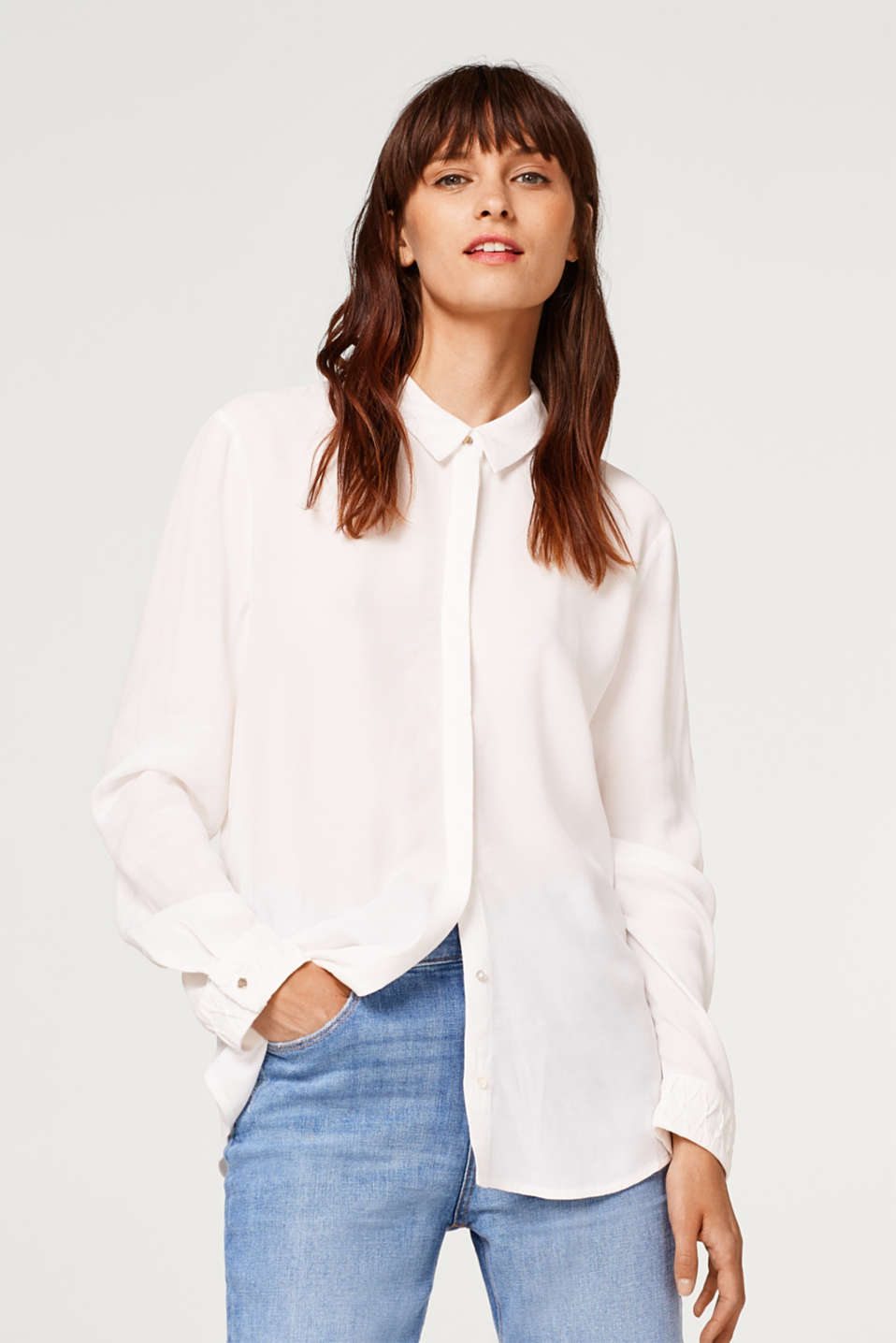 Esprit - Blusa in crêpe con colletto da camicia