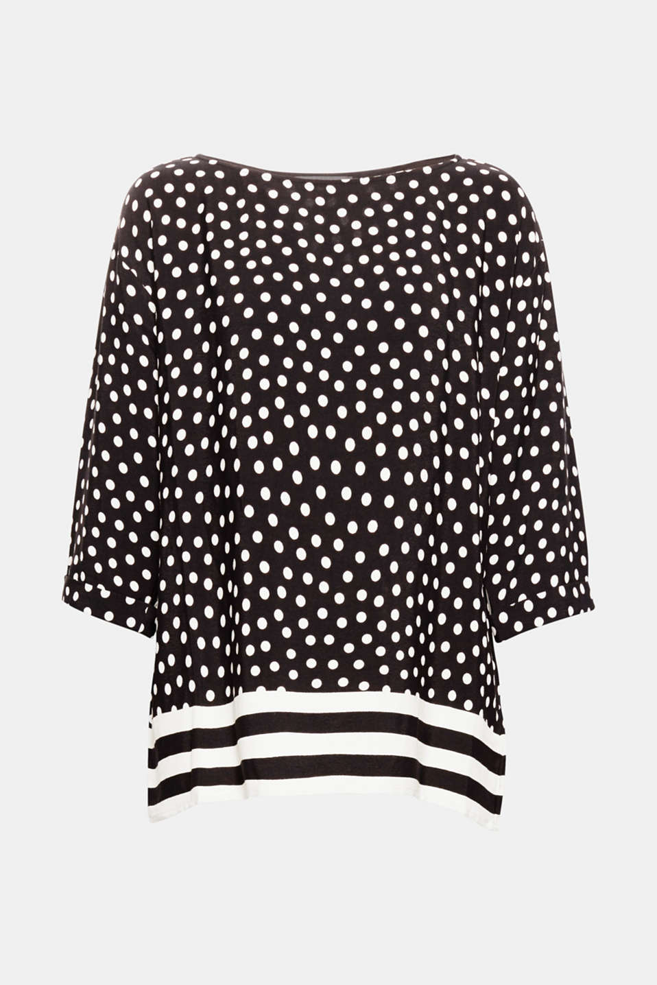 This flowing crêpe blouse in a trendy oversized style with polka dots and stripes is elegant and casual at the same time!