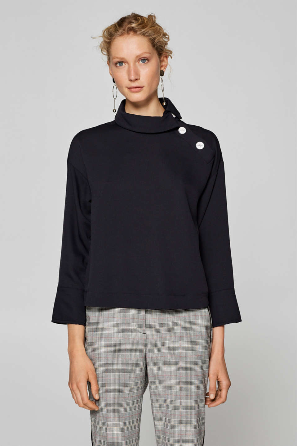 Esprit - Boxy blouse with a new lapel design