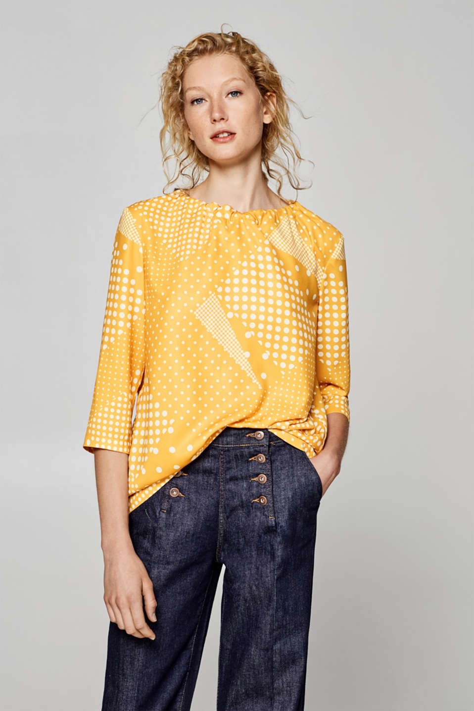 Esprit - Polka dot blouse with a bow at the back