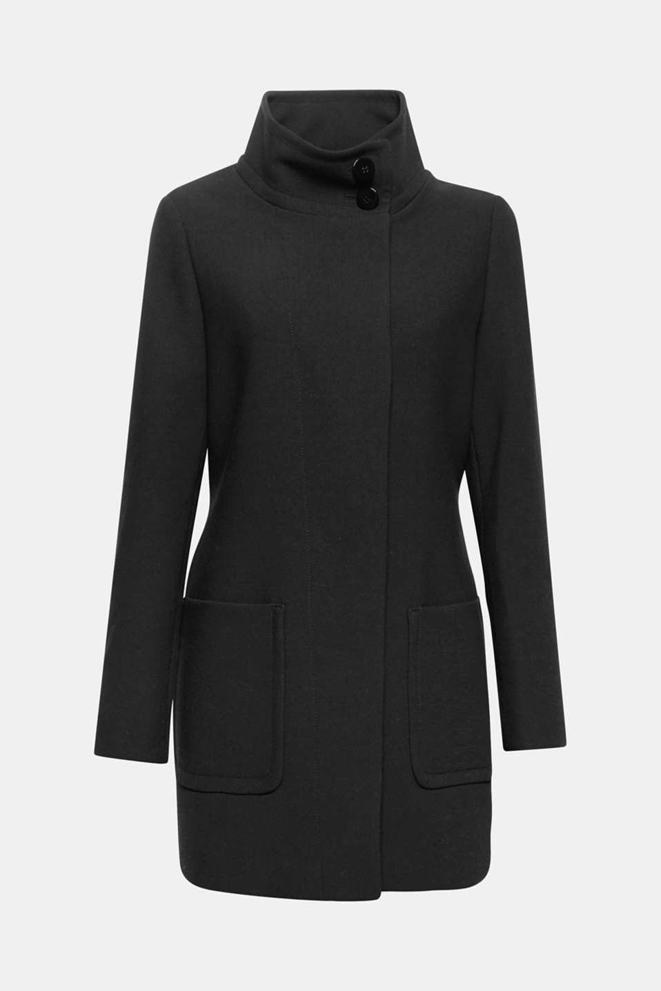 The loose-fitting stand-up collar, concealed and slightly asymmetric button placket and textured fabric make this between-seasons coat a modern all-rounder for lots of different occasions!