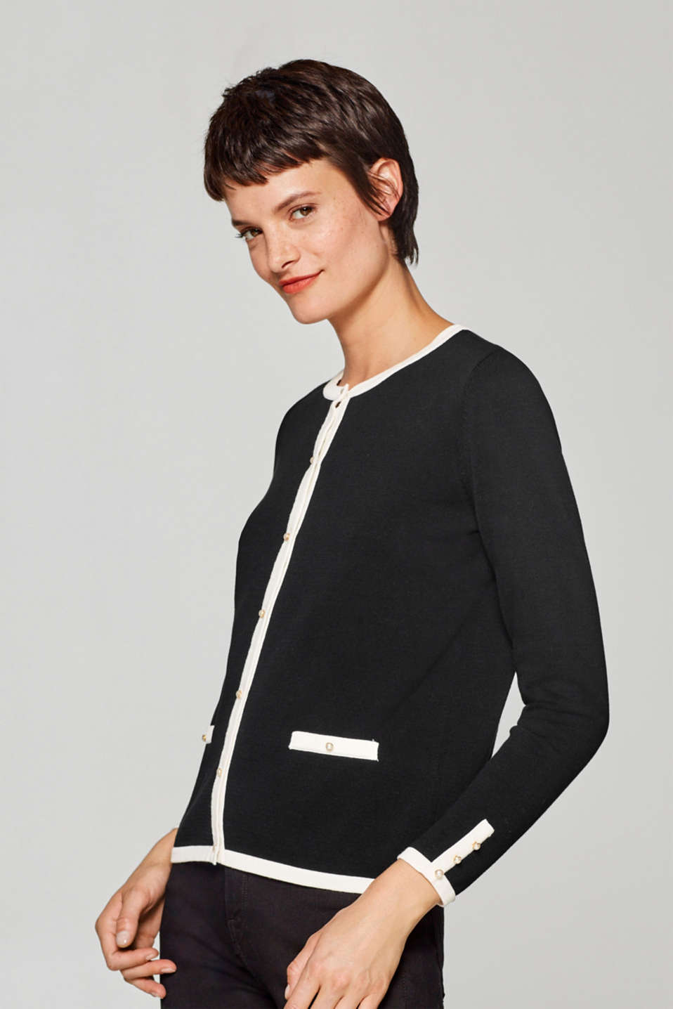 Esprit - Cardigan with contrasting piping, 100% cotton