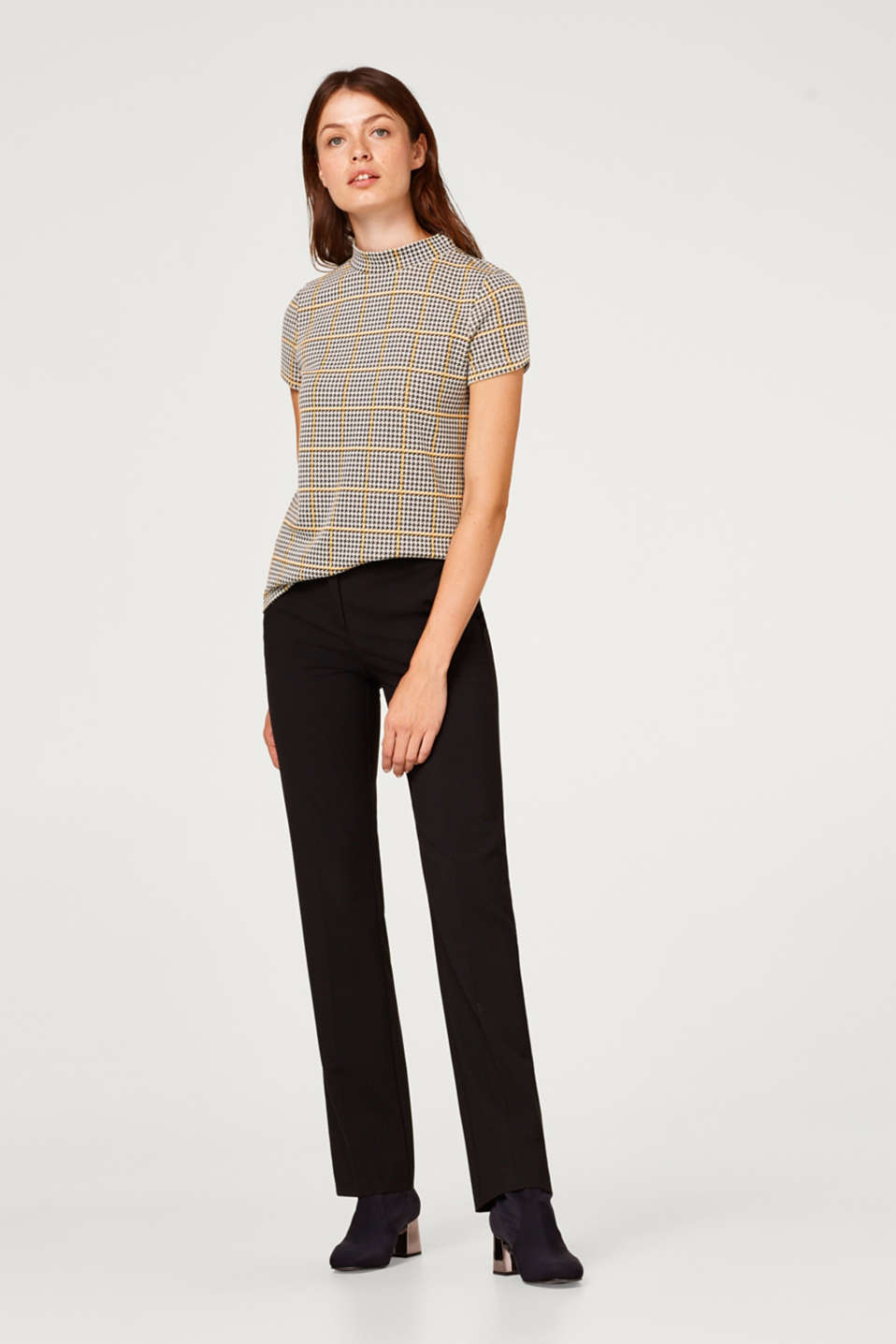 Turtleneck top with a houndstooth check