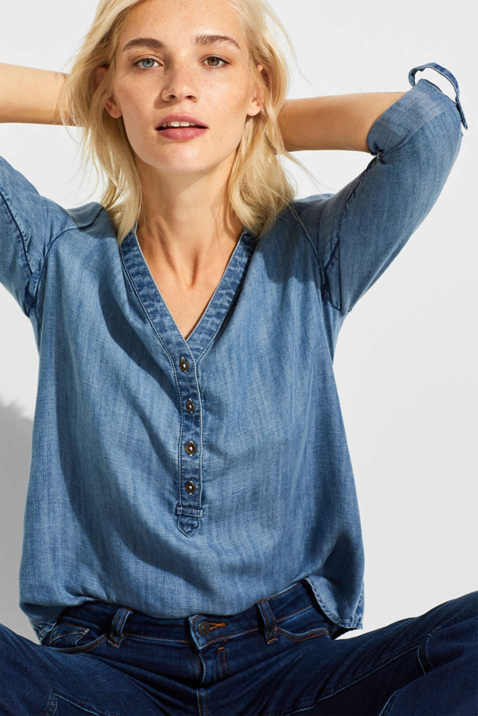 Made of TENCEL™: cool denim blouse, BLUE MEDIUM WASH, detail image number 0