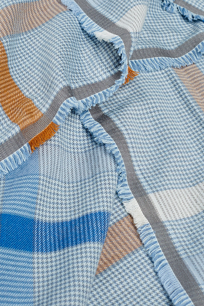 Huivi, jossa LENZING™ ECOVERO™, LIGHT BLUE, detail image number 1