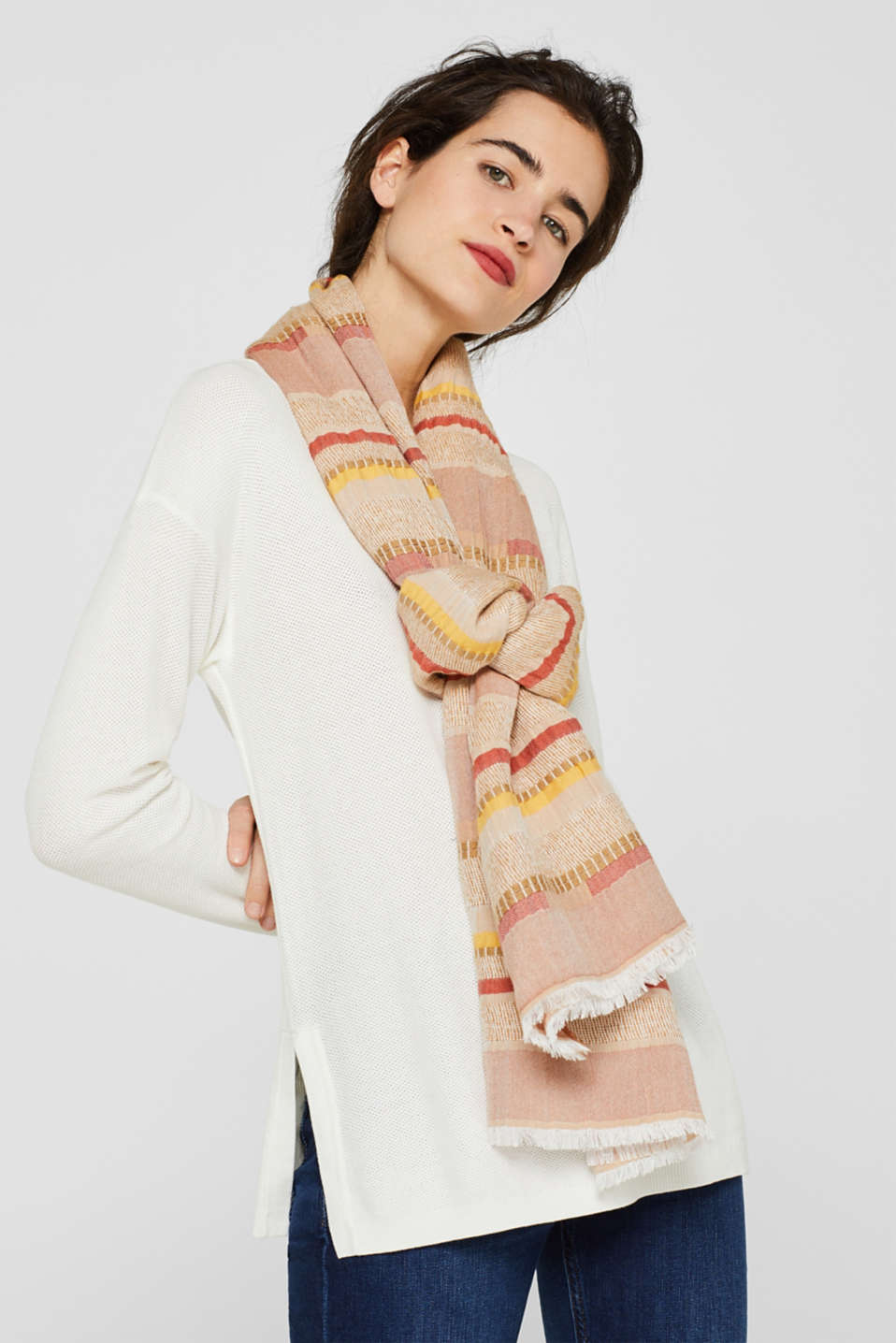 Woven stripe scarf containing LENZING™ ECOVERO™, BEIGE, detail image number 1
