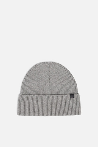 Hat with ribbed pattern, made of blended cotton