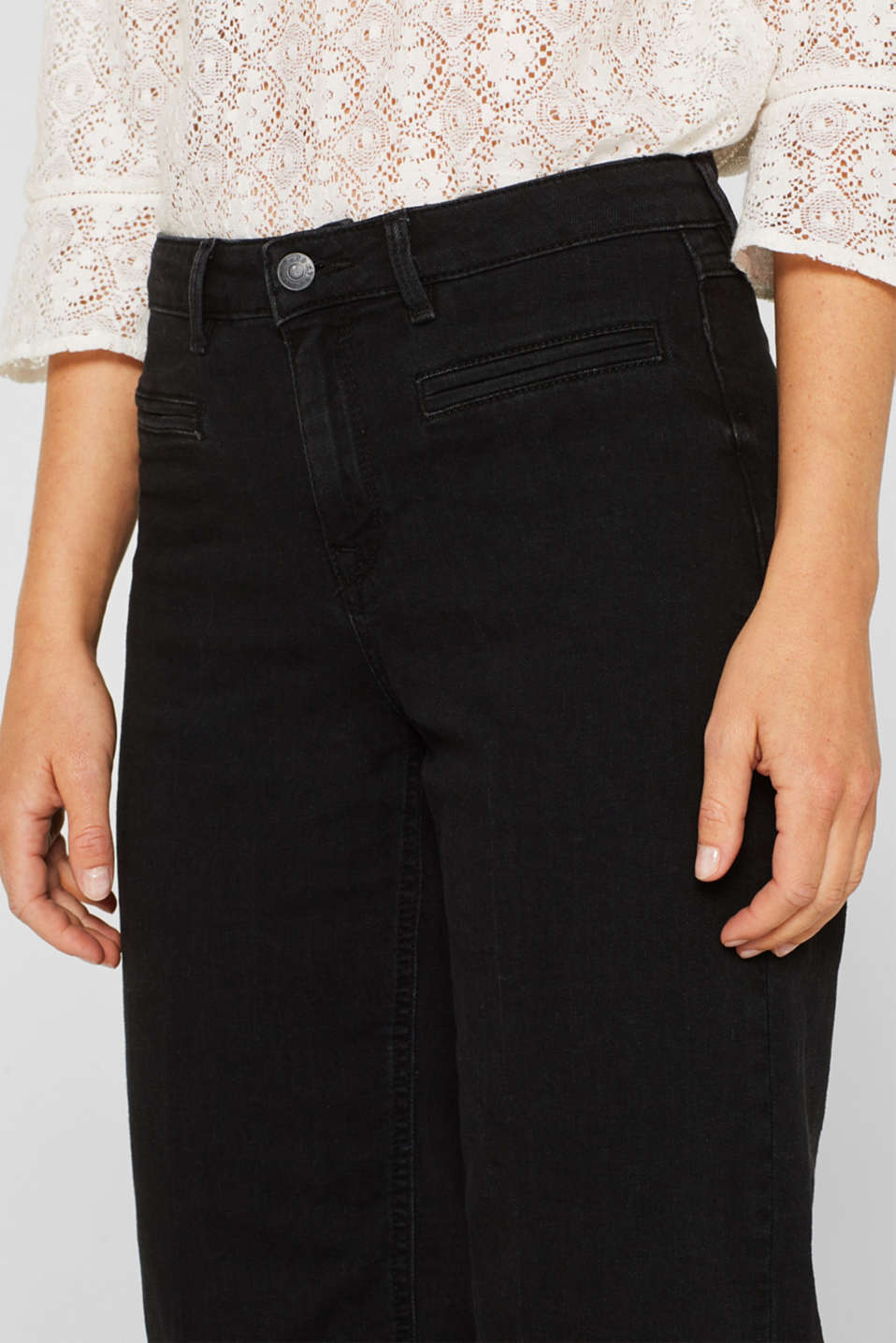 Jean culottes with an open hem, BLACK DARK WASH, detail image number 2