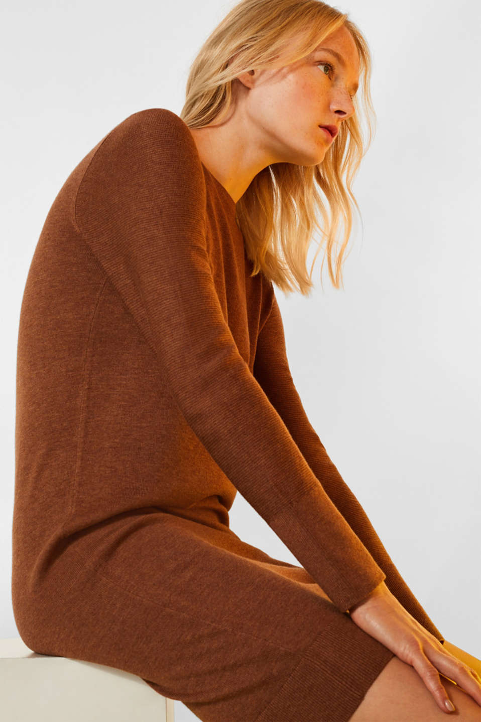 Fine knit dress with organic cotton, CARAMEL 5, detail image number 5