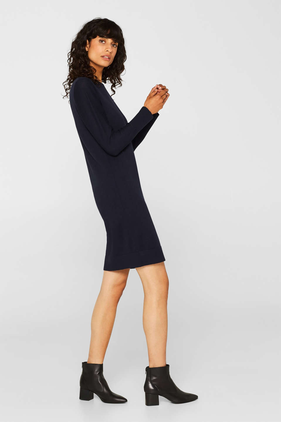 Fine knit dress with organic cotton, NAVY, detail image number 1