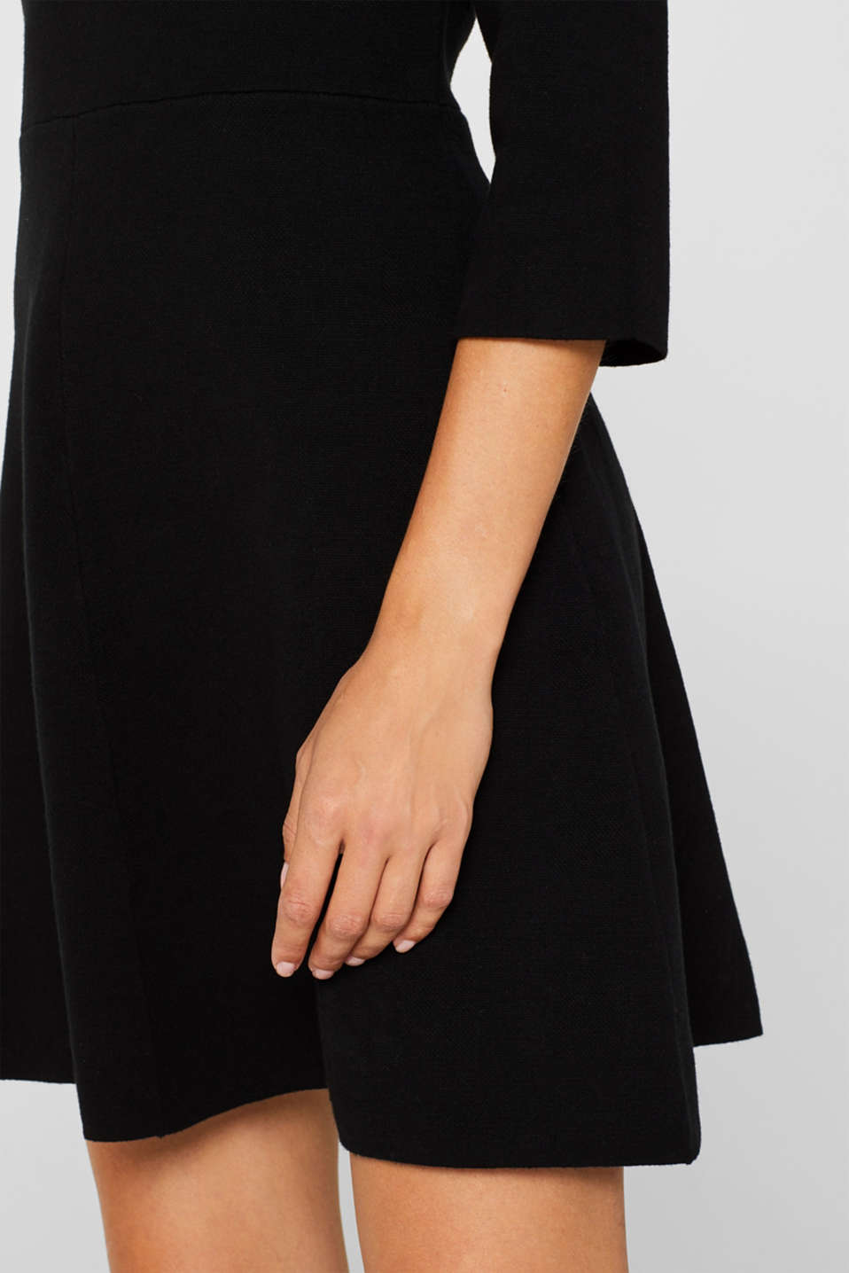 Compact knit dress in an A-line silhouette, BLACK, detail image number 2