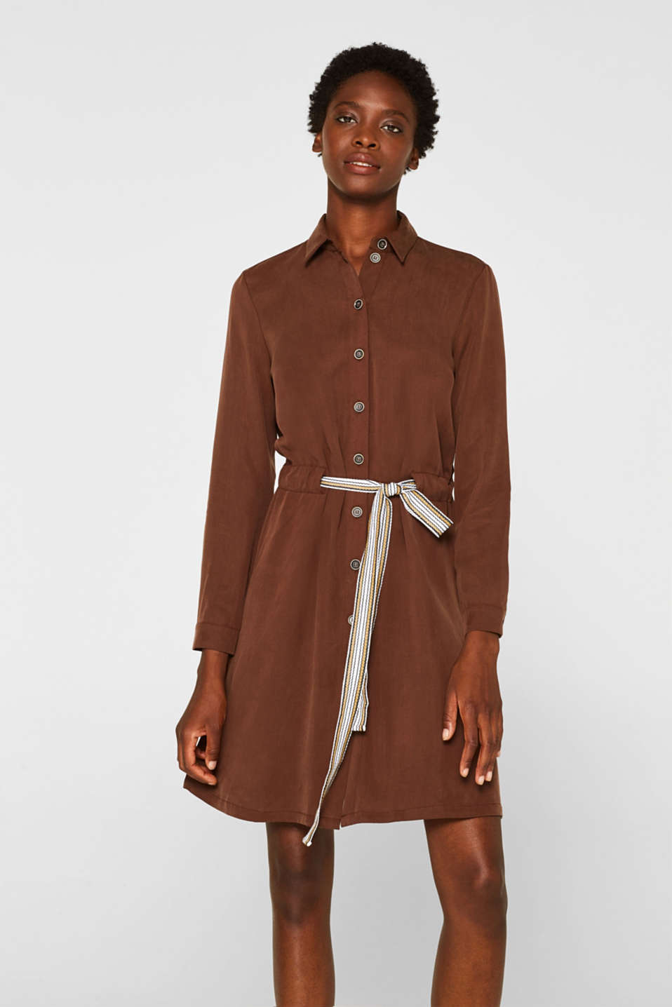 Made of TENCEL™: Shirt blouse dress with a waistband, BROWN, detail image number 0