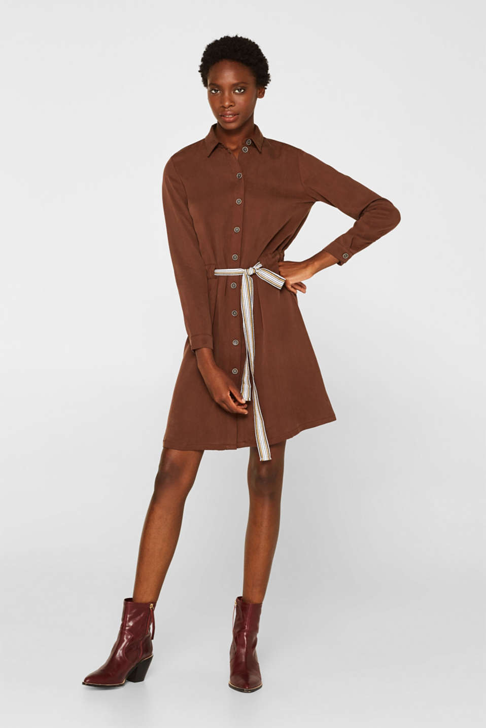 Made of TENCEL™: Shirt blouse dress with a waistband, BROWN, detail image number 1