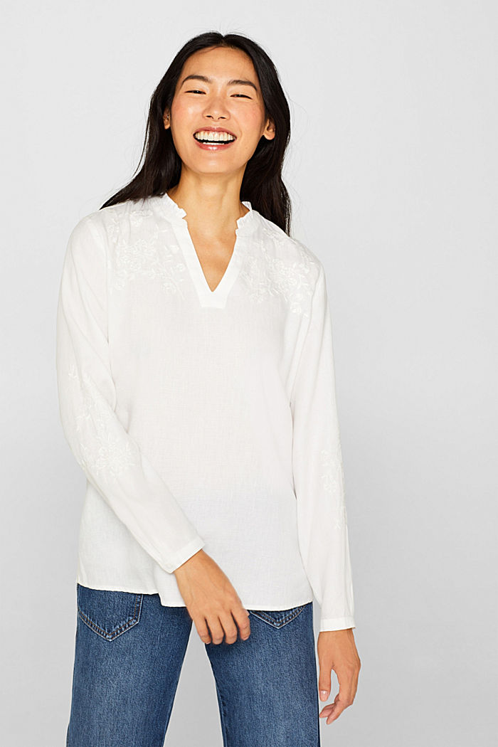 Check out this embroidered linen tunic made of blended lyocell